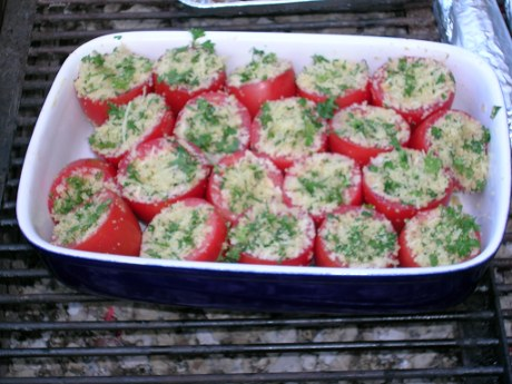 Gefüllte Tomaten vom Grill