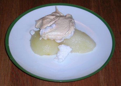 Weißweinbirne mit Baiser