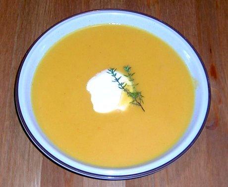 Blutorangen-Möhren-Suppe