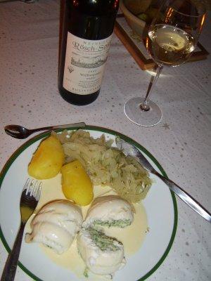 Seezungenröllchen an Weißweinsauce
