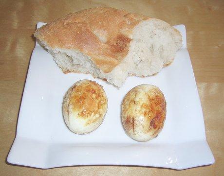Frittierte Eier mit Gewürzen