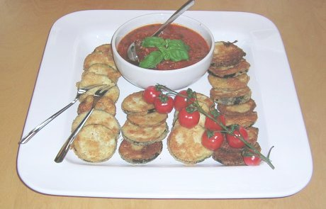 Gebackene Aubergine an Tomatensauce