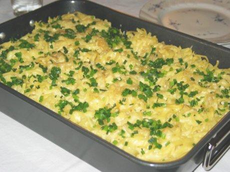 Überbackene Käse-Spätzle mit Tomaten