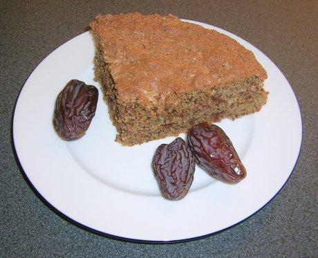 Dattel-Gewürz-Kuchen