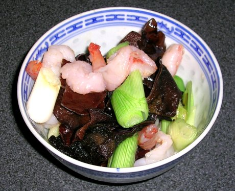 Garnelen mit Mu-Err-Pilzen - Rezept aus China