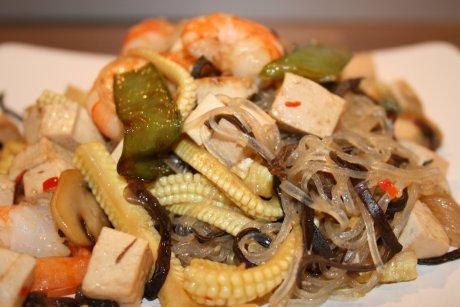 Glasnudeln mit Shrimps und Pilzen