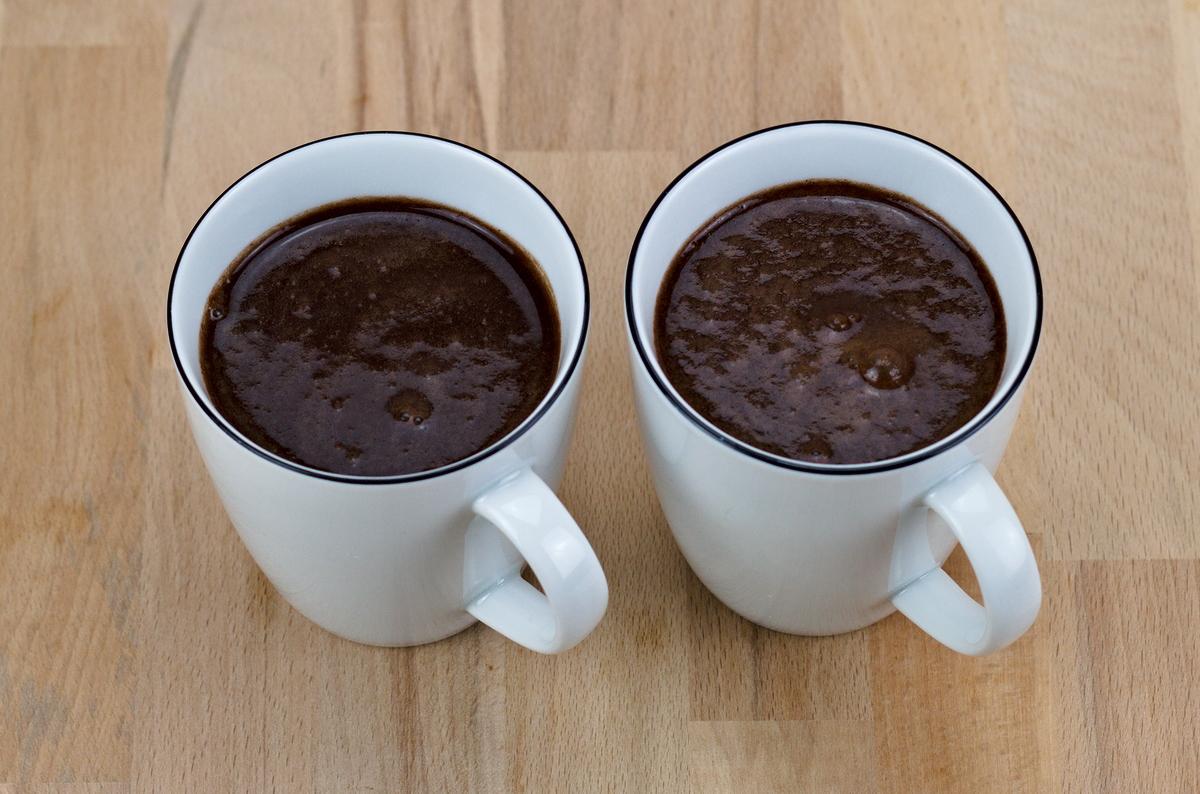 Heiße Schokolade mit Banane und Vanille