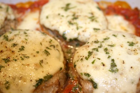 Thunfisch-Polpettes mit Tomate