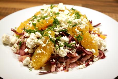 Rotkohlsalat mit Orange und Feta