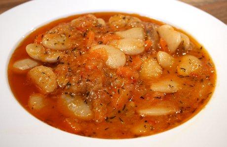 Bohnensuppe aus Serbien