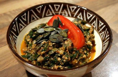 Spinat-Tomaten-Kürbis-Eintopf